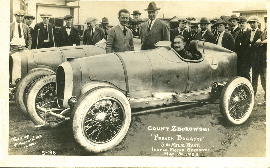 Count-Louis-Zborowski-in-his-Bugatti-at-the-Indianapolis-500-in-1923
