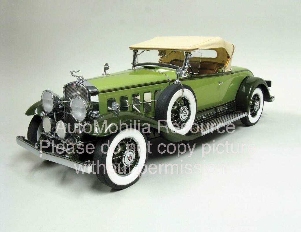 Danbury-Mint-Cadillac-V16-Model-Car.jpg